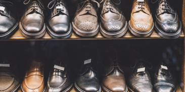 Strategic options for overcoming the crisis. Example of clothing and footwear manufacturers